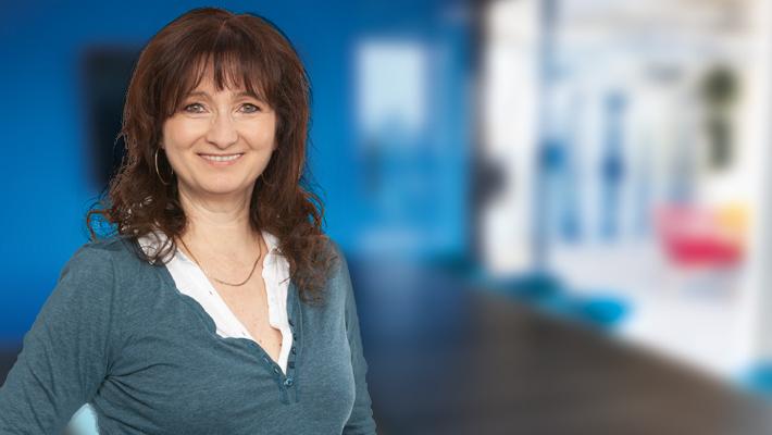 Claudia Feuerstein